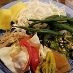 もうやんカレー - 野菜類。