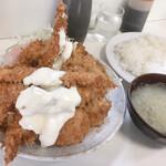129230663 - ミックスフライ定食1000円
