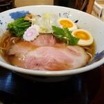 ちゅるり - 味玉醤油ラーメン950円!