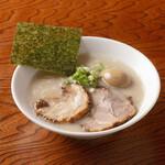 らーめん専門店 小川 - 味玉Wちゃーしゅー麺