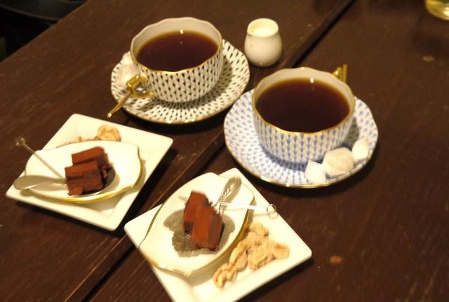 カフェ ド SaRa - ブレンドにはお菓子も付きます★