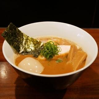 RAMEN GOTTSU - 料理写真: