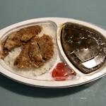 食事処 たつ呑や - マグロカツカレー弁当550円