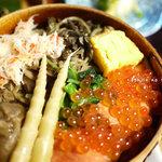 田季野 - ぜんまい、茸、蟹、鮭、玉子、竹の子、いくら