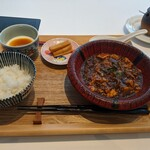 Chuugokusaiesusawada - 麻婆豆腐です。なぜかひつまぶしに見えますが。
