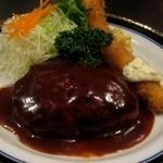 カフェレストラン ソマリ - ランチハンバーグ