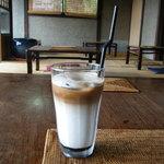 空猫カフェ - 黒糖ラテ