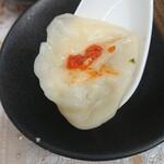 宝雲亭 - スープ餃子にゆず胡椒