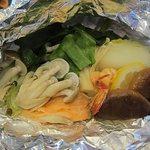 酔牛亭 - 野菜とシーフードのホイル包み焼き