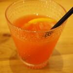 Yorupafesemmontempafeteriaberu - ブラッドオレンジジュース