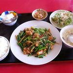 中国料理 四季香 - 日替りランチ 680円