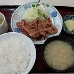 浜食堂 - 料理写真:焼肉定食 750円