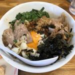 中華そば136 - 料理写真:「あぶらそば台湾」900円