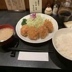 129317922 - 『上ヒレカツ定食 4枚 110g』 2,200円