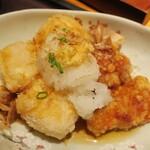 博多もつ鍋 やまや - ・「本日の日替わり(¥1200)」の唐揚げと豆腐の揚げだしアップ。