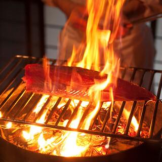 カツオのタタキをはじめ高知の郷土料理が味わえる!