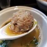 らーめん三極志 - 鴨白湯つけ麺のカモ団子