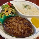酒場食堂とんてき - 岐阜県を代表する飛騨牛をふんだんに使用した飛騨牛ハンバーグ弁当です。