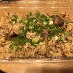 遊食旬菜 びいず - 料理写真:角煮の土鍋ご飯(¥670)