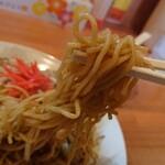 あじ福 - 炒め焼きそば、麺