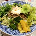のらまる食堂 - ベトナム風ビピンバ 580円