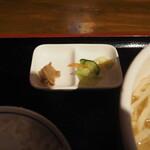 沖縄食堂チャンプル×チャンプル - 豚みそと香のもの
