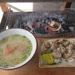 竹崎海産 - 料理写真:かに汁・牡蠣飯・ヒオウギ貝