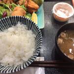 曲宴 あぎ - ハーフ&ハーフ定食