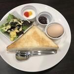 森の家珈琲店 - 厚切り小倉トースト