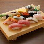 板前寿司  - テイクアウト選抜上にぎりセット