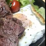 129444707 - ステーキ弁当(肉大盛り)