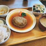 Pino - 煮込みハンバーグ定食