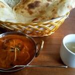 ミトチャカリー - サラダにスープ付き