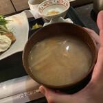 海遊山楽 ゆう - 料理写真:圧倒的味噌汁
