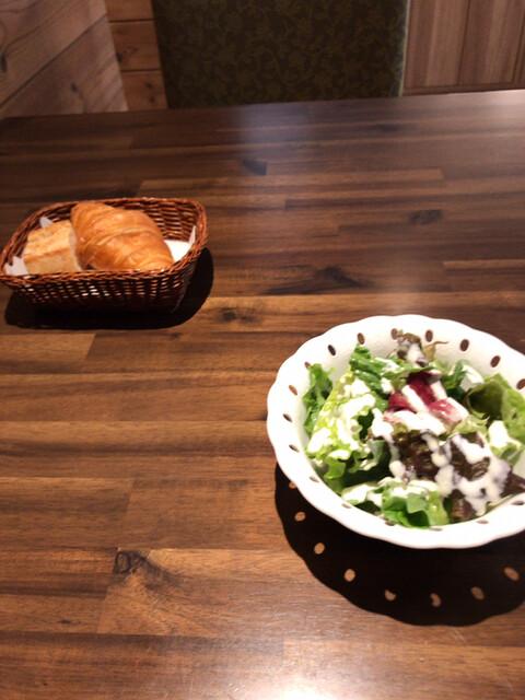 ル・シャタンの料理の写真