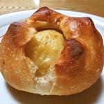 虹工房のパン屋さん - 料理写真:じゃがバターフランス