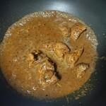 スリランカ料理 ラサハラ - フライパンで温め直し