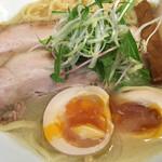 ラーメン ロケットキッチン - 煮玉子 ( ´θ`) トロッとイイ