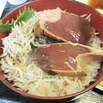 鰹処ぼっちり - セルフ「タタキ丼・ちりめん敷」