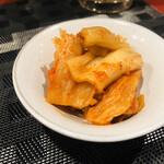 焼鳥と韓国料理 人生の楽園 -