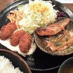 12950496 - さば味噌煮+カキフライ定食
