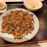 上海庭 - 角煮チャーハン750円