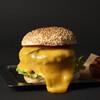 自由が丘バーガー - 料理写真:名物! チーズバーガー