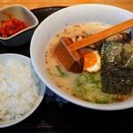 熊本ラーメンひごっこ - 料理写真: