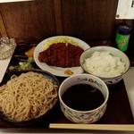 大村  - 料理写真:カツセット、900円。そばも、ごはんも十分です。