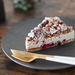 fika. - 料理写真:2020年4月再訪:ゴルゴンゾーラのチーズケーキ☆