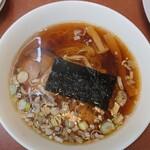 中華厨房 ゆうえん - らーめん528円