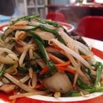 中華料理 松楽 - レバニラ炒め。