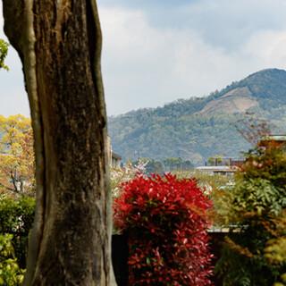 【京都御所から徒歩5分】鴨川のほとりに佇む「くに荘」