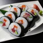 寿司 和食 まえ田 - 海鮮太巻き